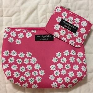 NWOT Marimekko for Clinique Bag Set